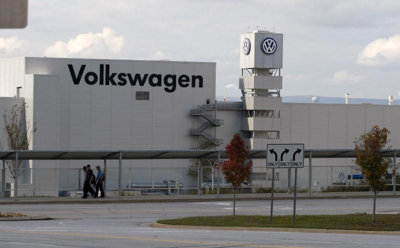 Piyasanın Kalbi: UBS'nin VW çağrısı ve Stellantis kazançları, döngüselleri yeni yükseklere taşıyor
