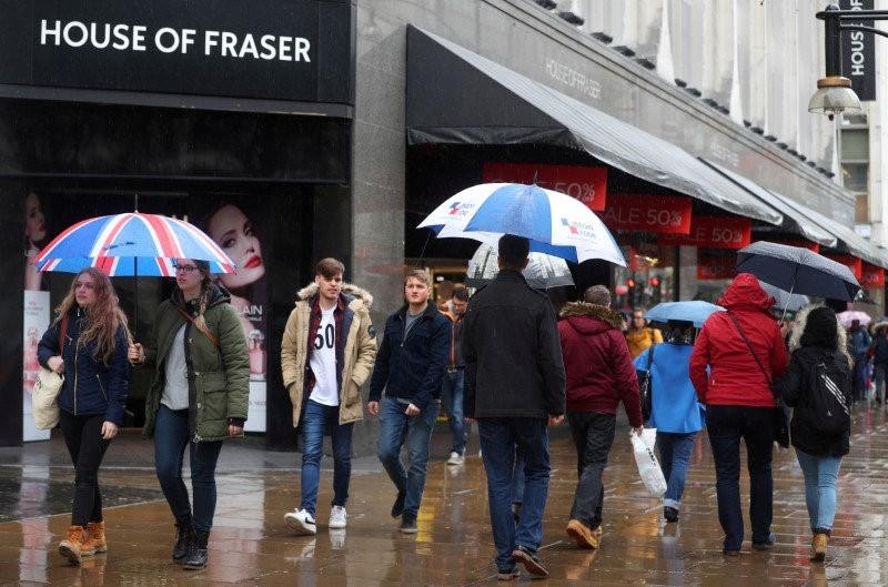 StockBeat: Frasers, JD Sports, Boohoo Set to Cash in on U.K. Retail Crisis