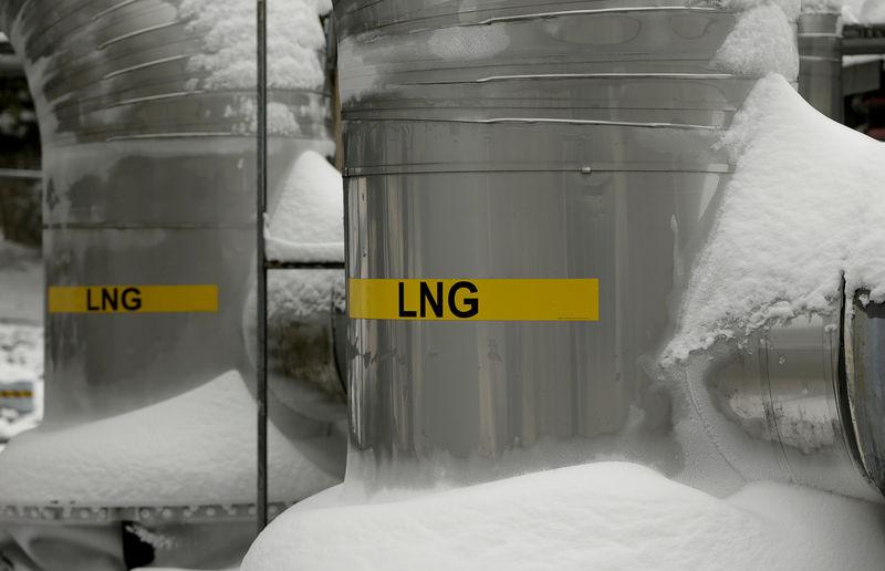 بريطانيا تعتزم حماية السوق والمستهلكين من ارتفاع أسعار الغاز