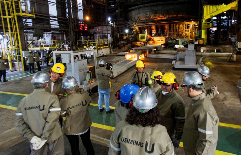 Após explosão em fábrica em Minas, Usiminas eleva compra de placas de aço
