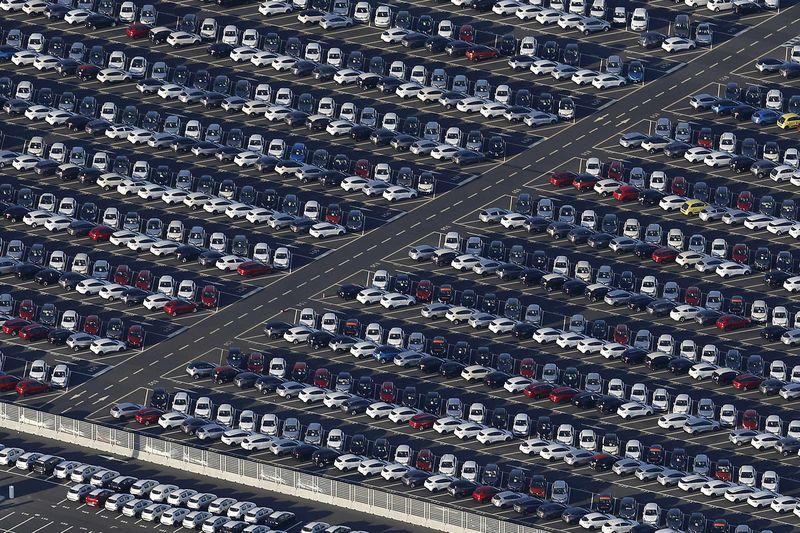 米国全車両販売 予測 17.20M 対 17.16M