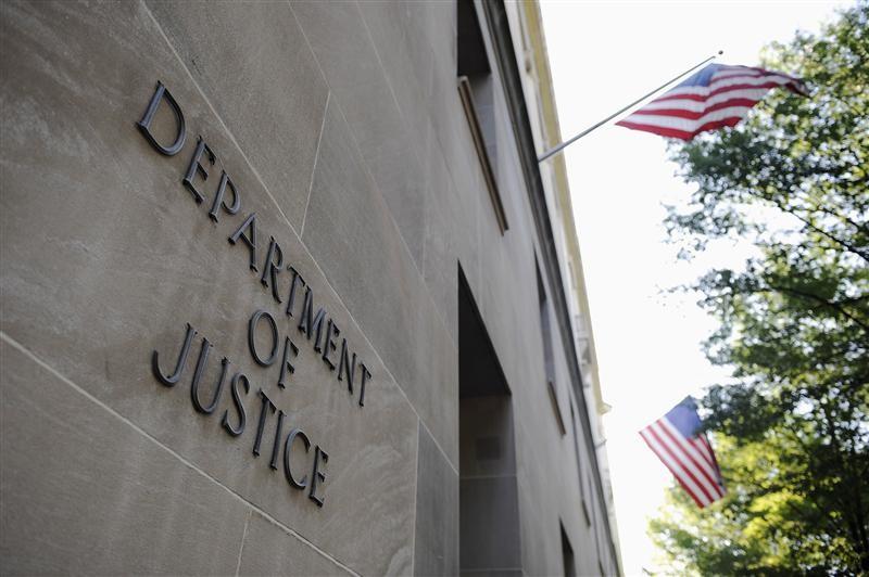 Tether Executives Said to Face Criminal Probe Into Bank Fraud
