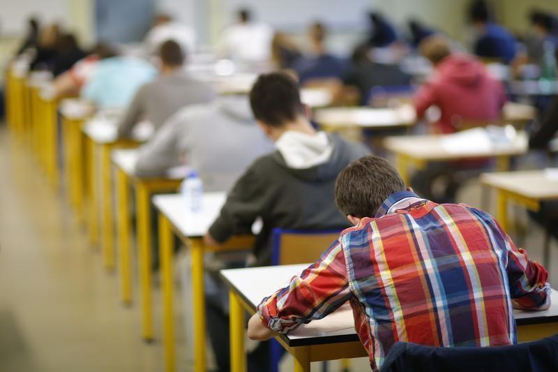 Ânima Educação tem forte alta após aquisição da UniCuritiba por R$ 130 milhões