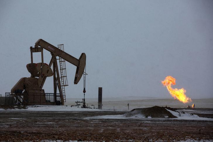 Petrol Fiyatları Ticaret Savaşı Endişeleri Esnasında Düşüyor