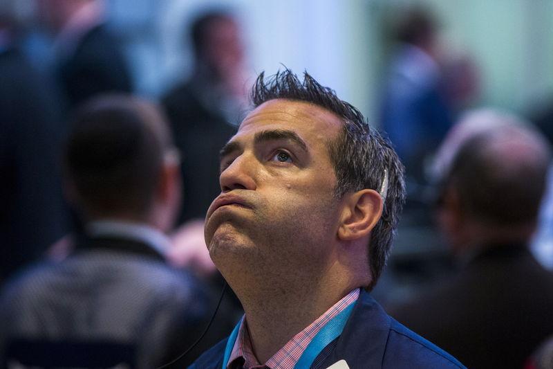 Dow Snaps 5-Day Win Streak as Tech Wreck Dents Bullish Stampede