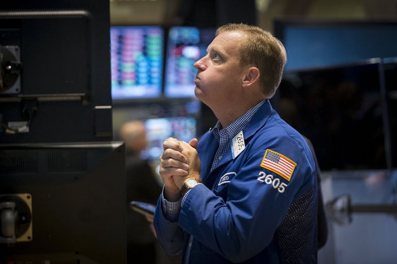 S&P 500 Hovers at Record Highs Ahead of Tech Earnings, Fed