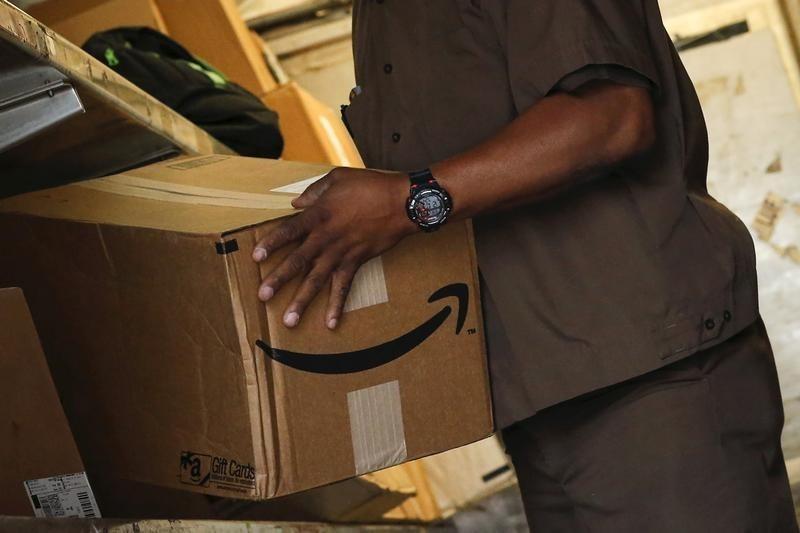 Amazon, Boeing, Coinbase выросли на премаркете, а Lordstown упала