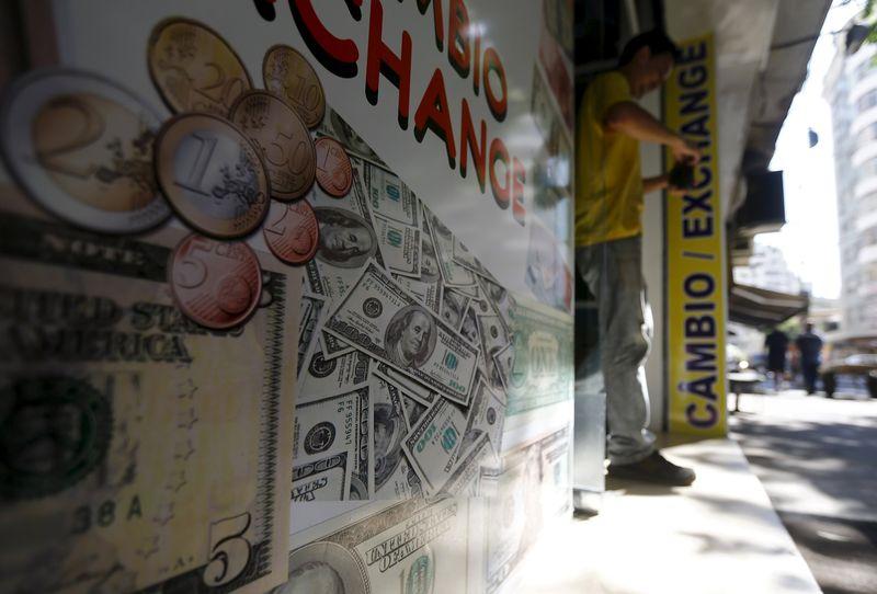 El Tesoro prevé reducir este año a 9.000 millones la financiación autonómica