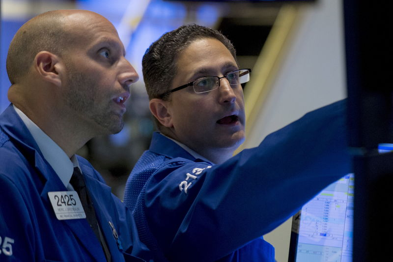 S&P 500, Dow in Record Climb as Signs of Consumer Strength Boost Cyclicals