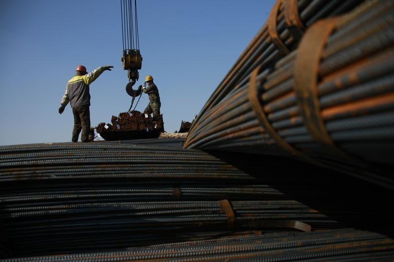 Минпромторг предложил в исключительных случаях ограничивать экспорт желруды и стального проката