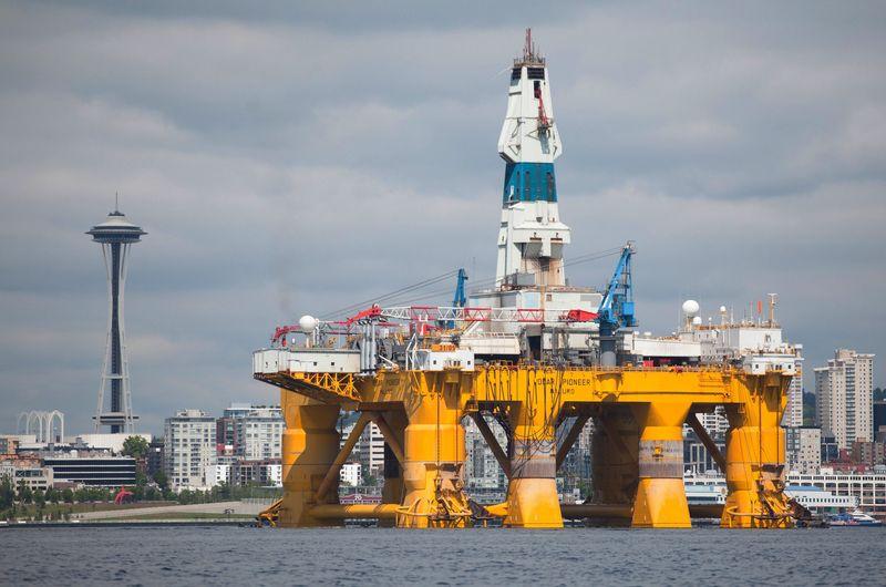 Piyasanın Kalbi: Büyük Petrol Uçuruma Bakıyor