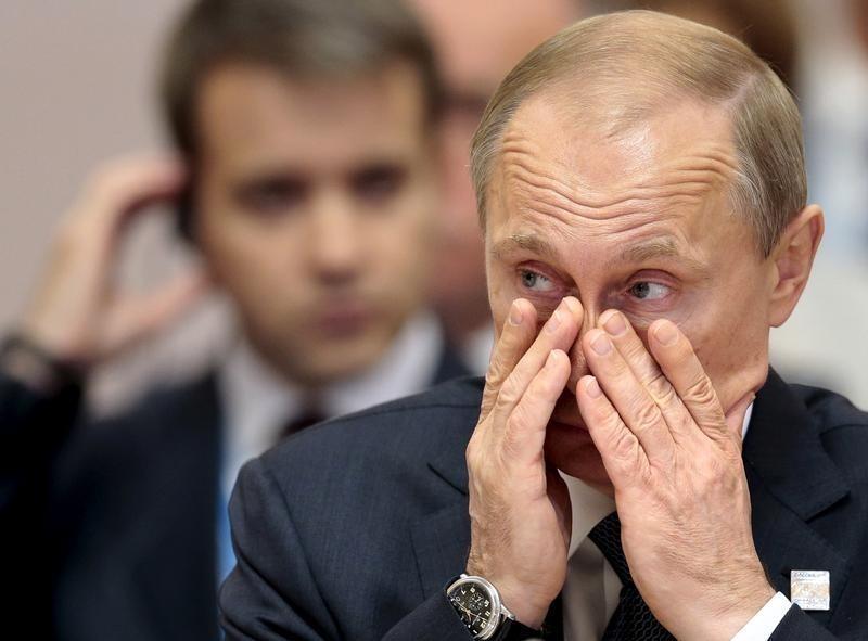 Россия принимает меры для стабилизации цен на строительном рынке - Путин