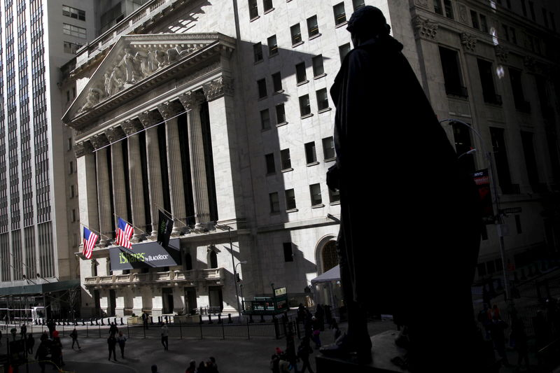 U.S. stocks higher at close of trade; Dow Jones Industrial Average up 2.84%