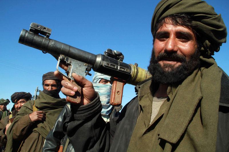 Estudantes afegãs não veem futuro no Afeganistão após tomada do Taliban