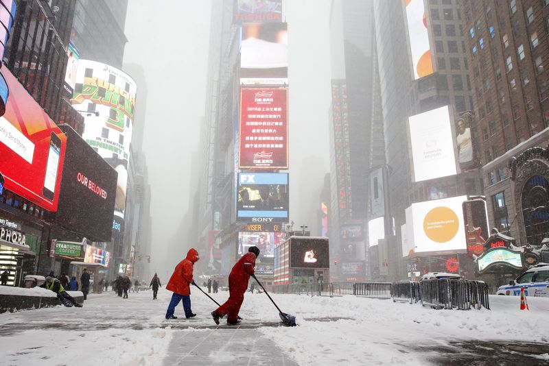 Dow Hits Record High, led by Jump in Energy as Cold Snap Sweeps Across U.S.