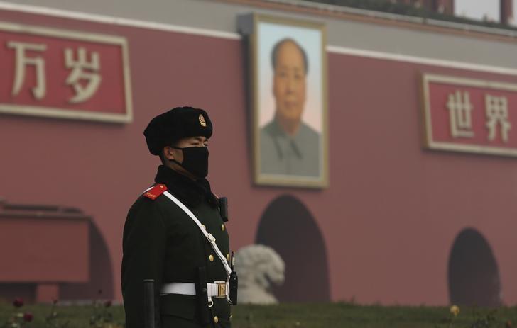 Китай хочет блокировать листинг компаний за рубежом