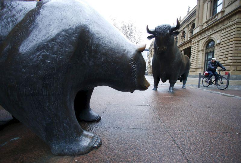 Рынок акций Европы снижается на фиксации прибыли; Dax ослаб на 0,3%