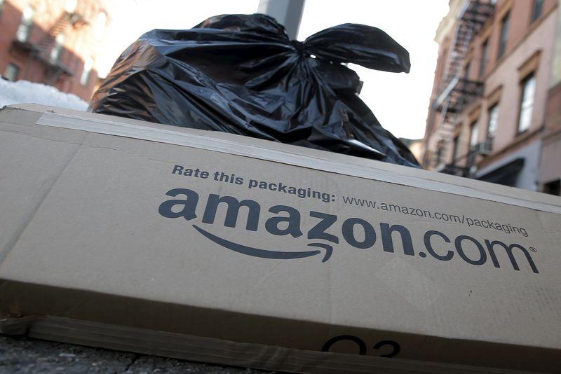 UK regulator opens formal probe into Amazon, Google over fake reviews