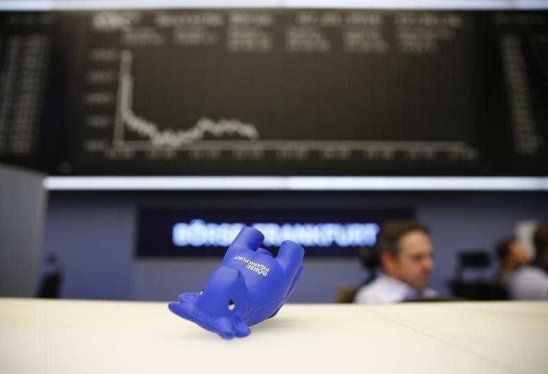 Рынки Европы вновь открылись в минусе