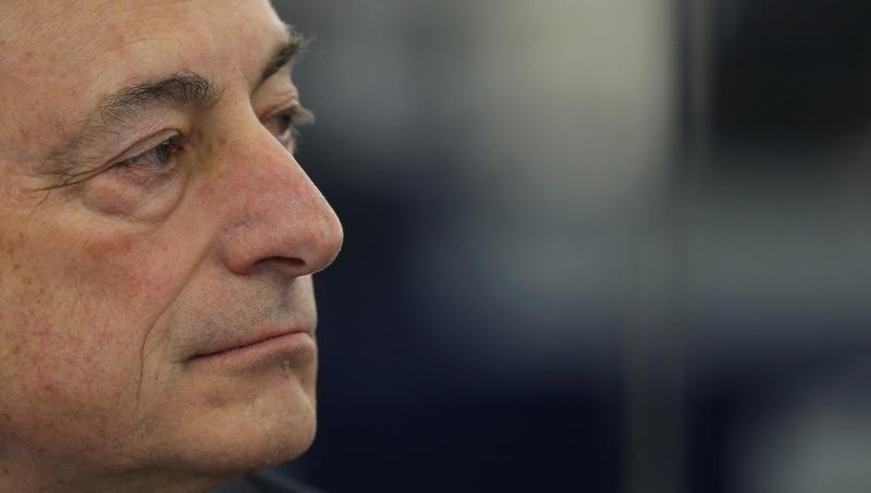 Caro bollette, Draghi pensa a misura da 3 mld. Enel galleggia
