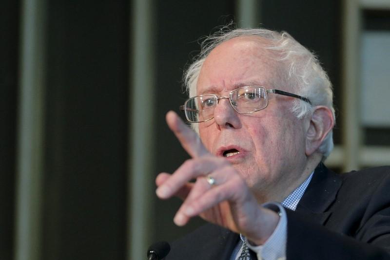 Health Insurers Hit With Bernie Sanders Leading in Iowa