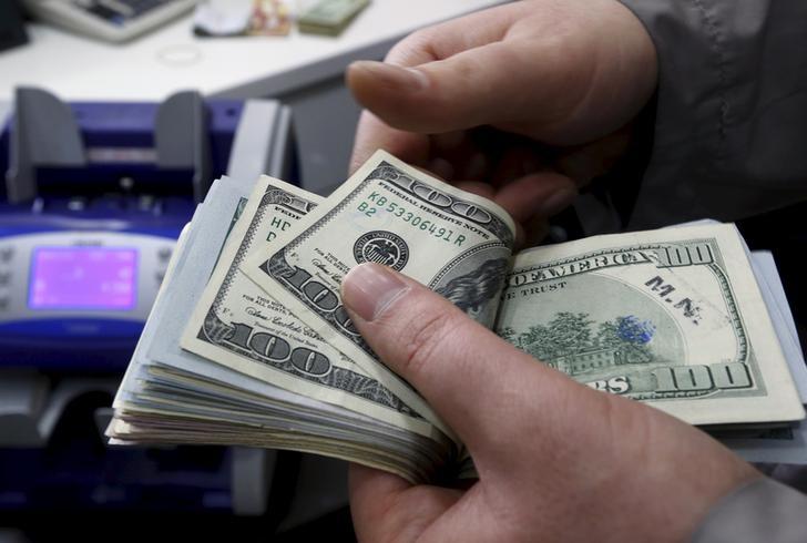Temmuz'da dış ticaret açığı %18,2 azalarak 2 milyar 697 milyon dolara geriledi