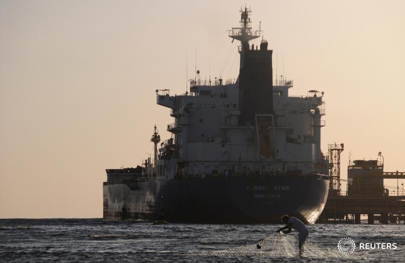 Sob sanções dos EUA, Irã e Venezuela fecham acordo de exportação de petróleo