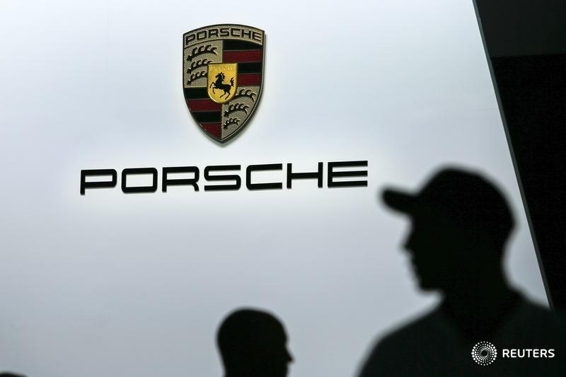 FIRMEN-BLICK-Agentur - Porsche-Beteiligung WayRay erwägt SPAC-Börsengang