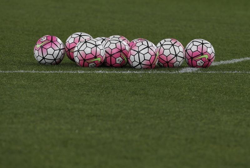 Soccer-Leicester's Iheanacho, Chelsea's Tuchel bag Premier League March honours