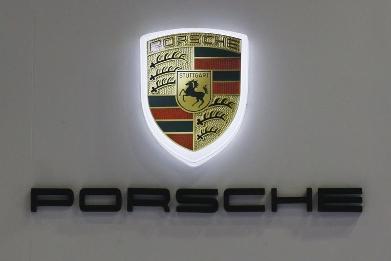 Ferrari vs. Porsche: Which Luxury Auto Stock is a Better Buy?
