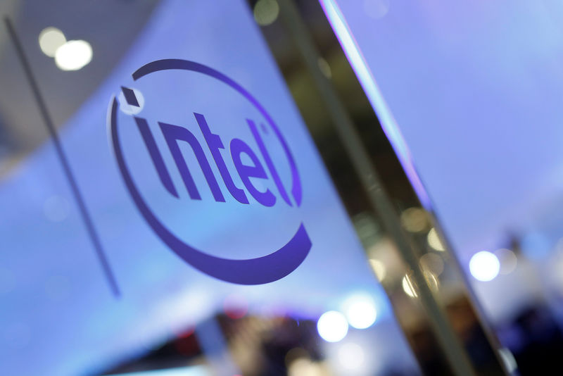Intel Stock: Low Valuation Makes it Worth The Wait