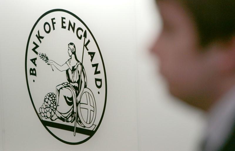 Banco da Inglaterra surpreende com dois votos por aumento de juros