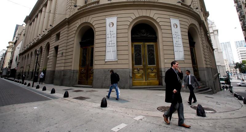 La Bolsa de Buenos Aires cierra con una bajada del 2,58 %