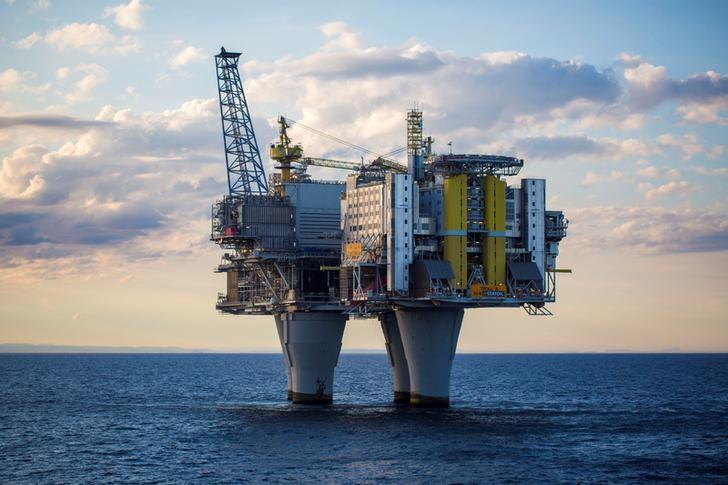 Τα προθεσμιακά αργού πετρελαίου υψηλότερα