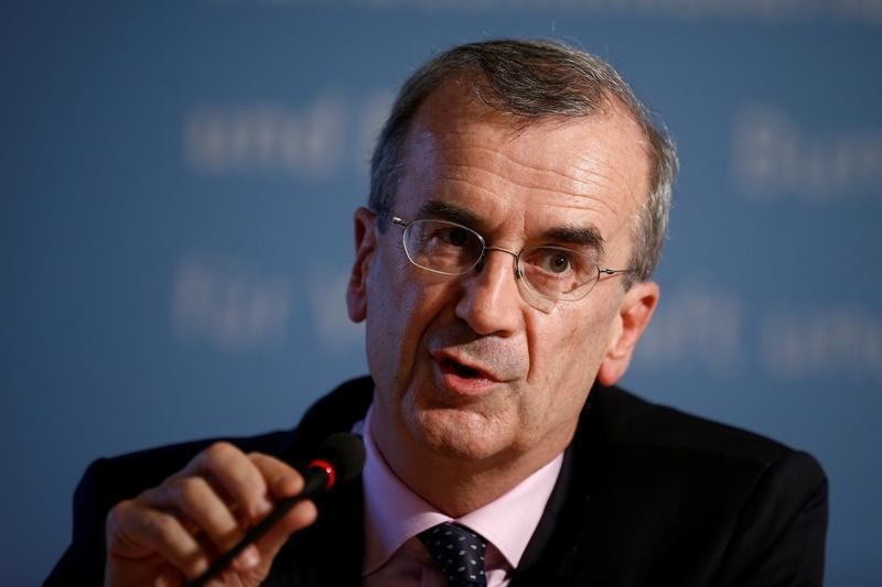 Villeroy Says ECB Should Consider Tweaking Its Inflation Goal