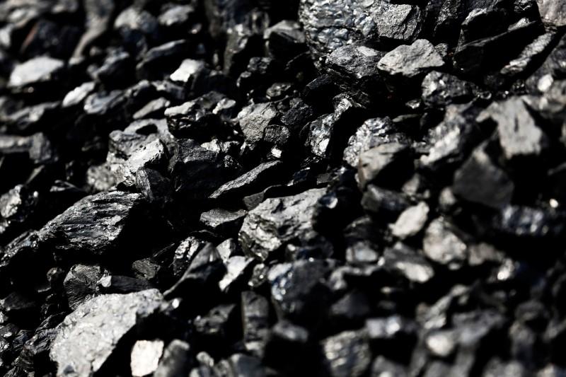黑色系漲勢不止,矽鐵主力合約漲停、動力煤主力合約大漲8%