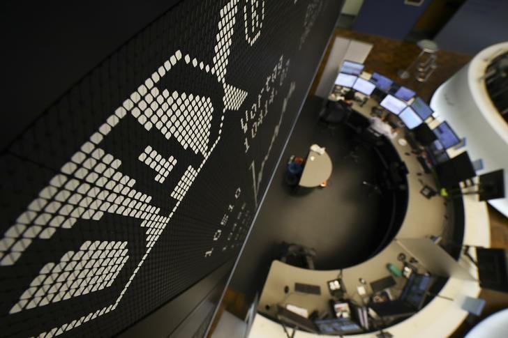 Alemanha - Ações fecharam o pregão inalteradas e o Índice DAX recuou 0,32%