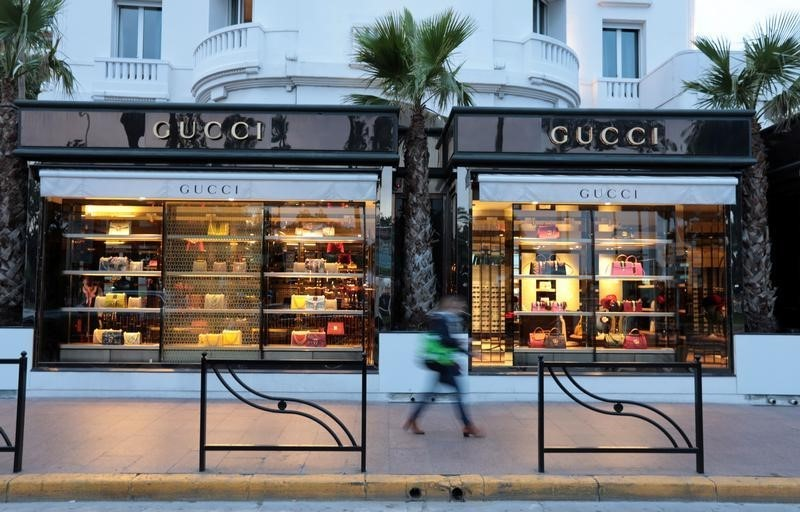 StockBeat: Kering Slumps as Gucci Loses Its Allure