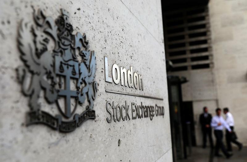 U.K. shares lower at close of trade; Investing.com United Kingdom 100 down 0.03%