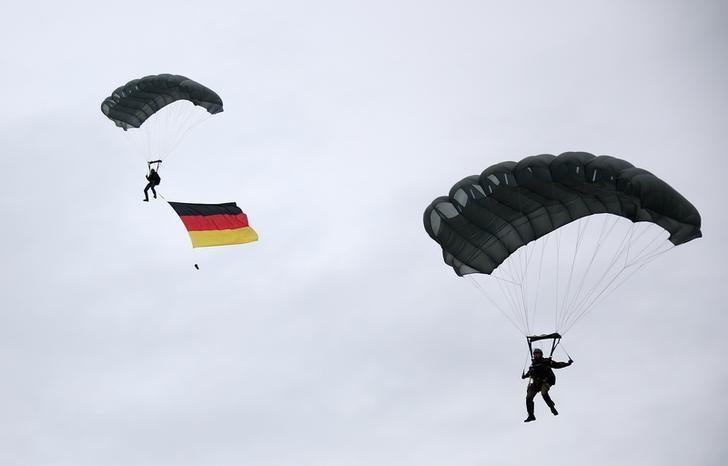 Показатели роста в частном секторе Германии остались высокими в феврале