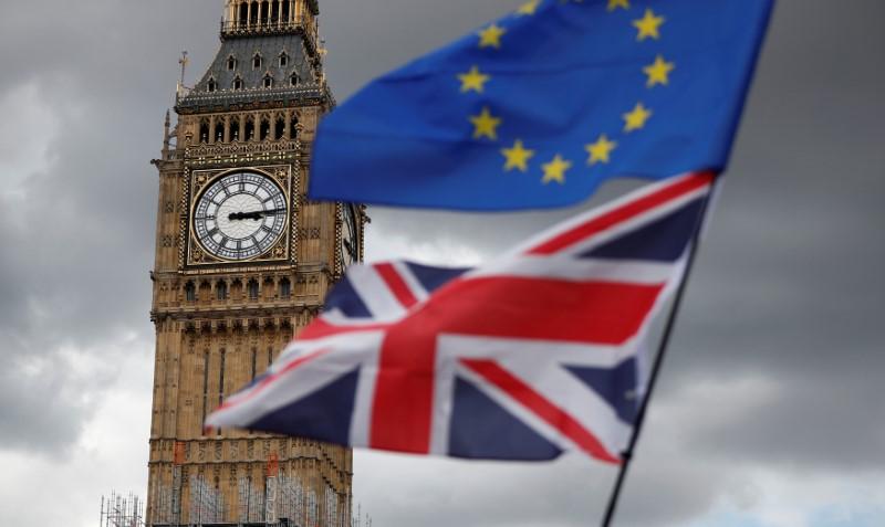 Forex: Pfund Sterling unbeeindruckt von Brexit-Enttäuschung