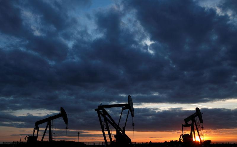 Цены на нефть растут после снижения накануне