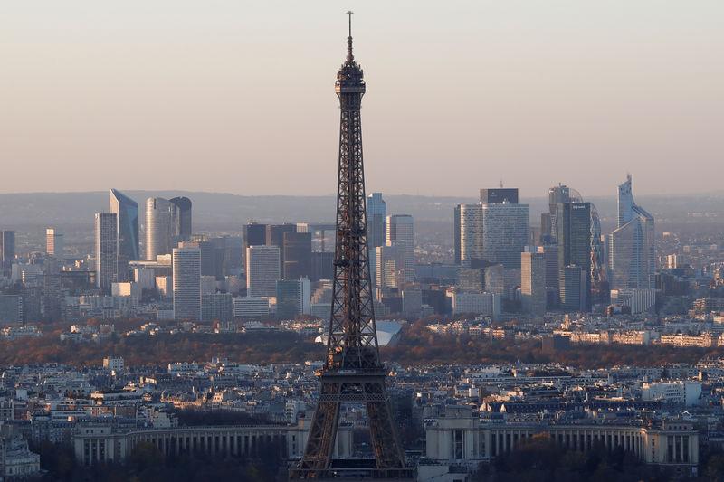 Промпроизводство во Франции в ноябре снизилось на 0,9%