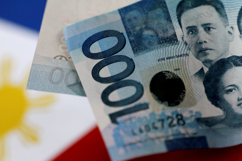 Philippine Peso Set to Stumble With Drop in Foreign Bond Sales