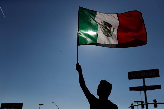 México: Exportaciones suben 9% en agosto, importaciones 43.3%