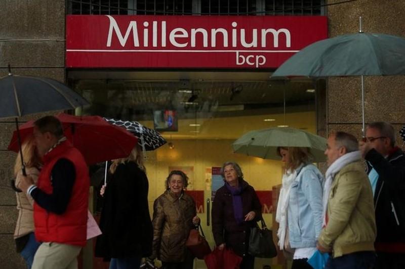 Bolsa de Lisboa - BCP volta a terrenos negativos