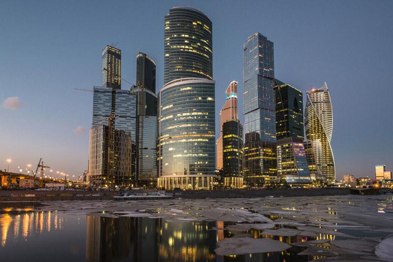 Санкт-Петербургская биржа переедет в Москву