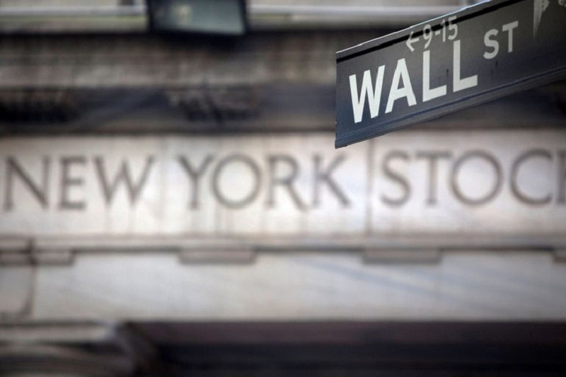 Caen oro y petróleo, discursos del FOMC, Bitcoin: 5 claves en Wall Street