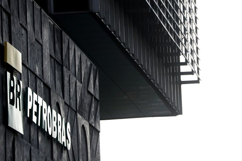 Petrobras informa dissolução de tribunal arbitral em casos Petros e Previ