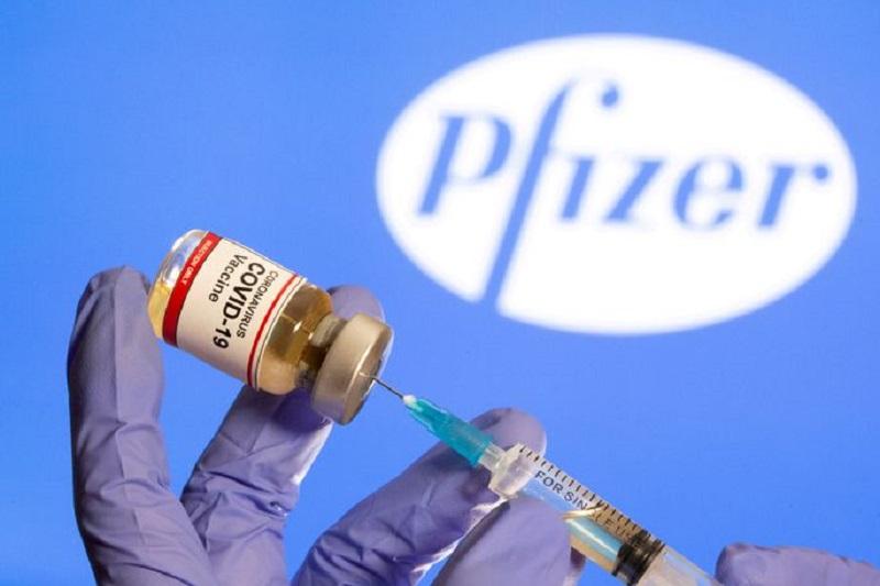 Pfizer, BioNTech Rise on U.S. Covid Vaccine Deal